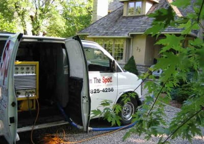 Advanced carpet cleaning trucks at your doorstep